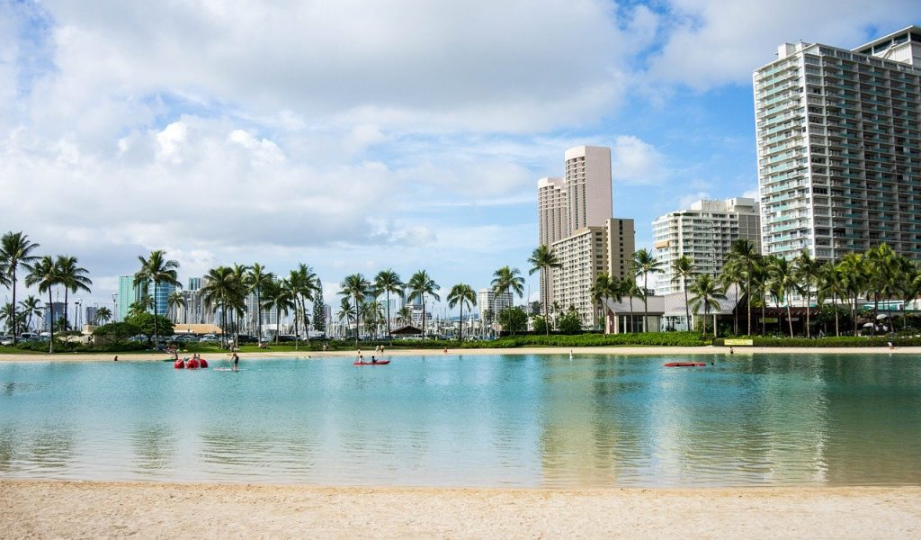 Oahu-waikiki-beach