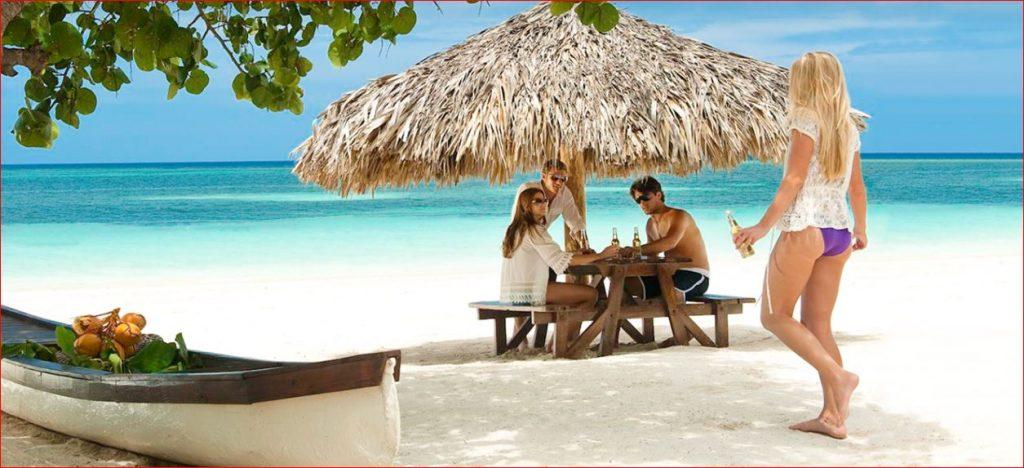 Montego-Beach-and-Couples.jpg